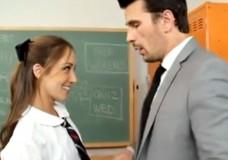 Skolnieces pieķeršana