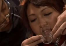 Japāņu karsējmeitenes sado-mazo sekss