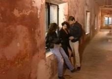 Dalila izdrāž divi marokāņu sliktie puiši