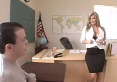 Kristal Summer ir slikta skolotāja